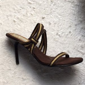 Steve Madden Brown/ Gold heels